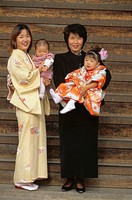 Japan, Nagano, Shichi-Go-San festival,  Grandmother, mother, children, family picture,   Series, Asia, Eastern Asia, holiday, holiday, Shichi Go San, ...