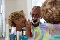 Bath, mirrors, Dettail, senior couple,  Woman, makeup, man, shaves, laughing,  cheerfully, portrait,  Seniors, 60-70 years, well Age, couple partnersh...