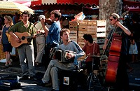 Street, Musicians, at, market,, Aix-en-Provence,, Bouches-du-Rhone,, Provence,, Southern, France