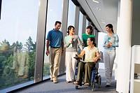 Centro de Investigación Fatronik, Parque Tecnológico de San Sebastian, Donostia, Gipuzkoa, Euskadi. Discapacitado-Ejecutivos en oficina