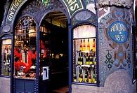 Spain, Catalonia, Barcelona, shop along the Rambla