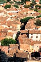 France, Vaucluse (84), Cadenet village along the Durance valley