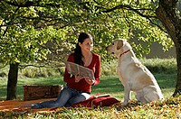 Woman, and, Labrador, Retriever