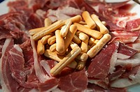 Preparing canapés. Ham. Wedding. Divinus Catering, San Sebastian, Donostia, Gipuzkoa, Euskadi. Spain.