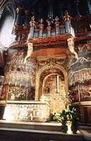 Organ (1734) and detail of The Last Judgment 15th century). Sainte Cecile Cathedral in Albi City. Midi-Pyrénées. France