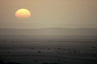 Sunset over the blistering Namib, the world´s oldest desert