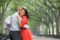 Woman hugging man (thumbnail)