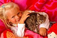 Girls, smiles, kittens, doll, cuddle, lies, portrait, series, people, 5 years, child-portrait, child, toddler, blond, gaze camera, childhood, Kuscheld...