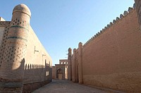 Uzbekistan, Khiva, lane and city walls