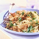 Spaghetti with onions and nut butter