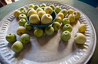 Apples in fruit bowl on a table. Sevilla. Andalucia. Spain