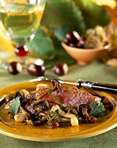 Red mullet fillets with half-cooked chanterelles