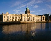 Custom House. Liffey. Dublin. Ireland