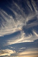 Whispery clouds at sunset (thumbnail)