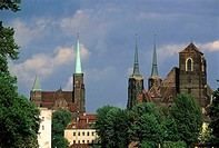 Poland, Wroclaw, cathedral (thumbnail)