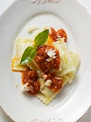 Ravioli with mince and tomato sauce