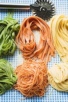 Ribbon pasta and spaghetti in three colours