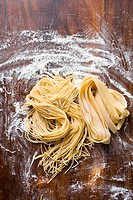 Home-made pasta (thumbnail)