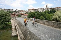 Couple, bridge, Old Town, Fribourg, town, city, biking, excursion, Saane, bicycles, bikes, biking, bicycle, bike, biki