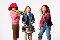 Girls playing in a band (thumbnail)