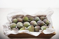 Box full of figs
