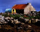 Traditional Romany Caravan, Inishnee Island Near Roundstone,