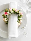 Napkin and a girdles of flowers