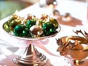 Glossy Christmas tree ball candles in a silver bowl (thumbnail)