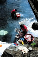 Mauritius, women washing linen