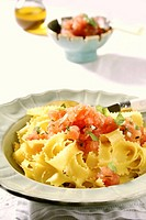Pappardelle with fresh tomatoes and basil