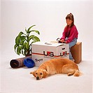 move: girl, dog and boxes