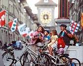 Switzerland, Europe, City of Berne, Old town, Kramgasse, Family, Generations, Grandparents, Grandchildren, Children, R