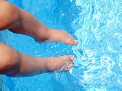 Child, swimming pool, São Paulo, Brazil