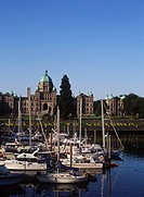 Victoria´s inner harbour with the Parliament Buildings beyond, Victoria, Vancouver Island, British Columbia, Canada