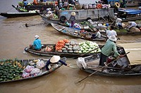 Floating market of Can Tho, Vietnam.