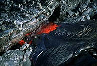 Flowing molten lava, Hawaii (thumbnail)