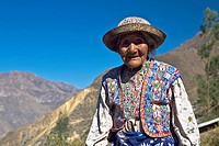 Portrait of a senior woman smiling, Coshnirua, Peru