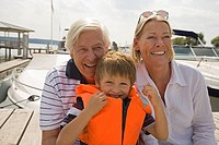 Grandparents and grandson at the lake (thumbnail)