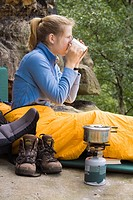 Woman, breakfast, cooking, Camp, moving, forest, Elbsandsteingebirge, Saxonia, Germany, Europe, dinner, adventure, adv