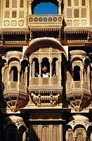 Man at ´haveli´ noble house, Jaisalmer. Rajasthan, India