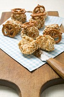 Small balls of Obatzda Camembert spread with pretzels