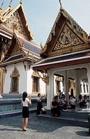 Woman, teacher, and, schoolgirls, in, front, of, palace, and, temple, Wat, Phra, Kaeo, Bangkok, Thailand