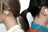 View of teenage girl with her earphones (thumbnail)