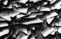 Snowy ice fragments