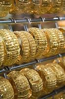 UNITED ARAB EMIRATES (UAE)-DUBAI-Deira: Deira Gold Souk / Market / Gold Bracelets