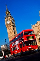 United Kingdom, London, Westminster with ´Big Ben´ clock tower and double decker bus
