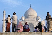 India, Uttar Pradesh, Agra, Taj Mahal, built by Shah Jahan, completed 1653, with visitors