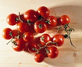 stems of cherry tomatoes