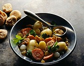 Potato salad with Montbéliard sausage,raisins and dried figs