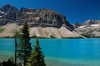Turquoise Bow lake with Crowfoot mountains